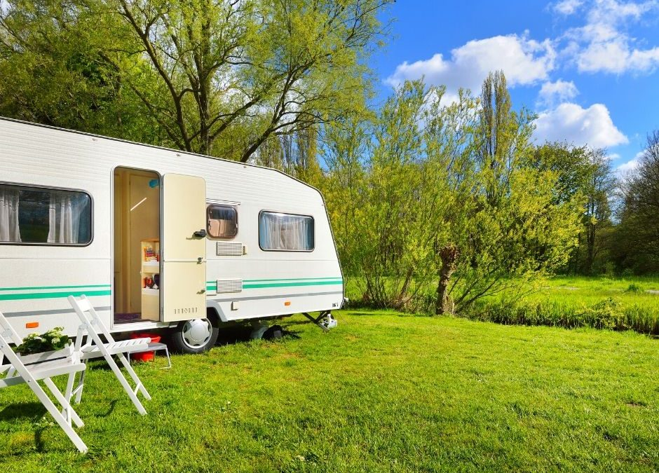Lock and Leave: Hook up the caravan and head north